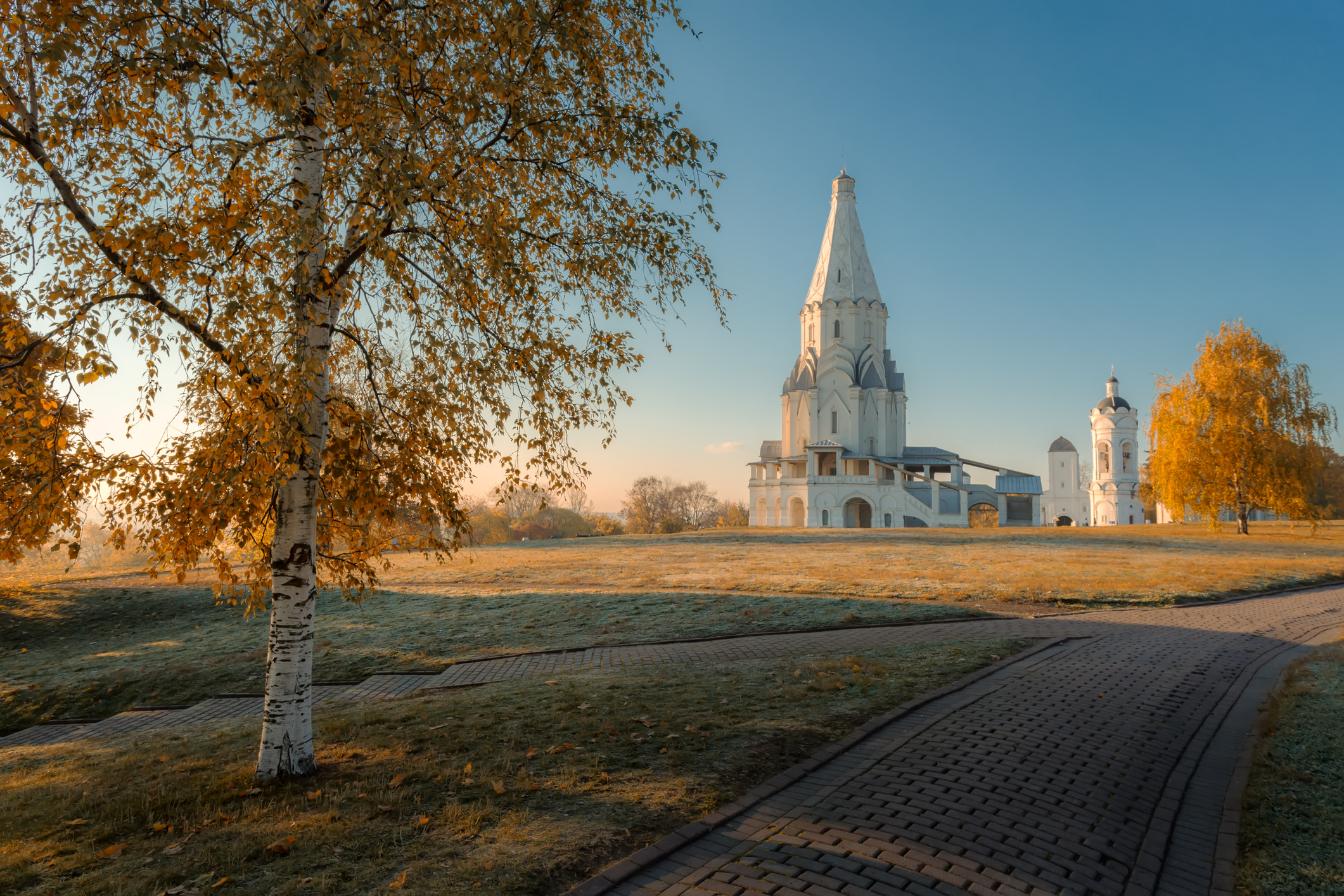 Dreamstime © - Kolomenskoe - Église de l'Ascension (5).jpg