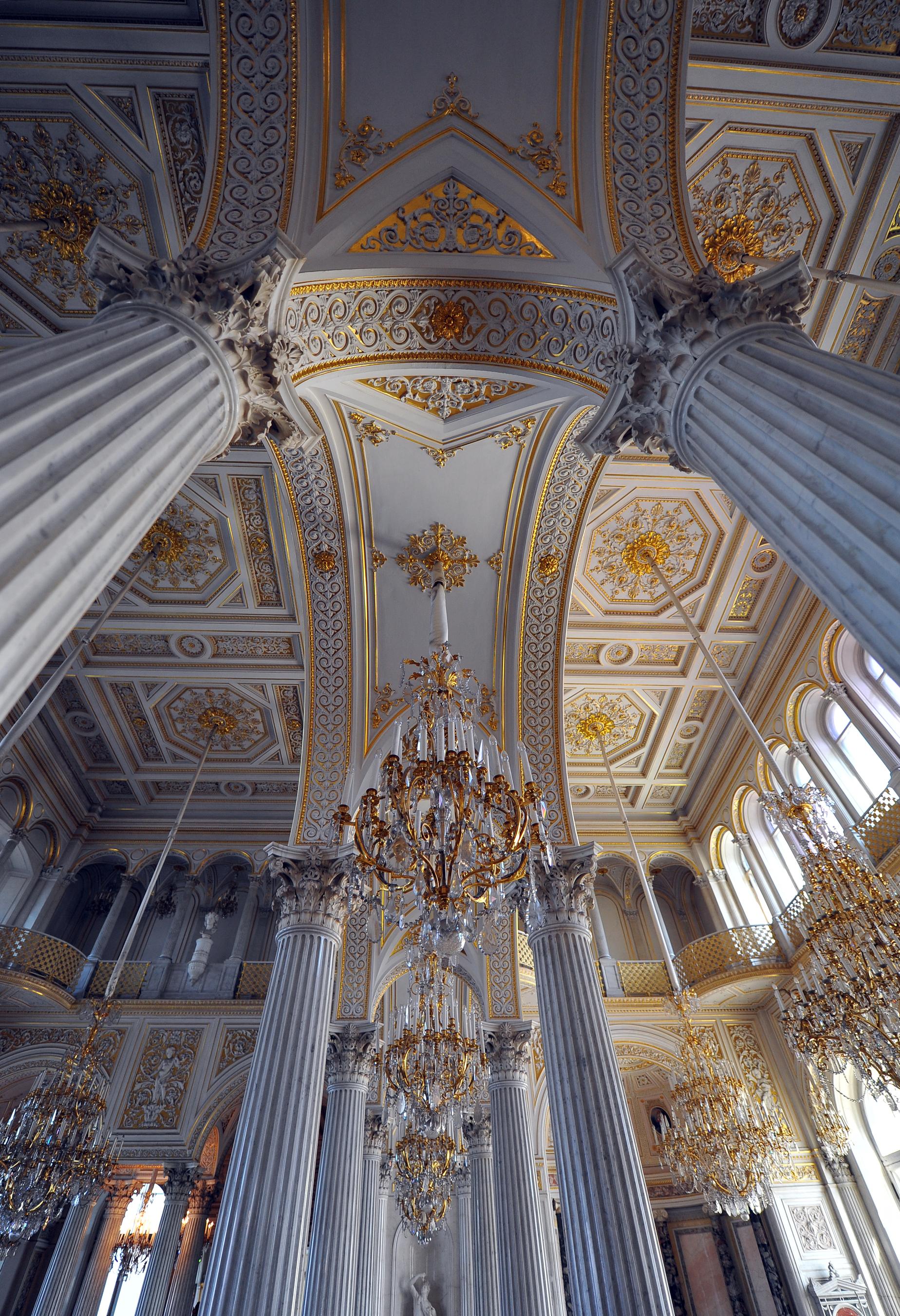 Dreamstime © - Saint-Pétersbourg - Ermitage (3).jpg