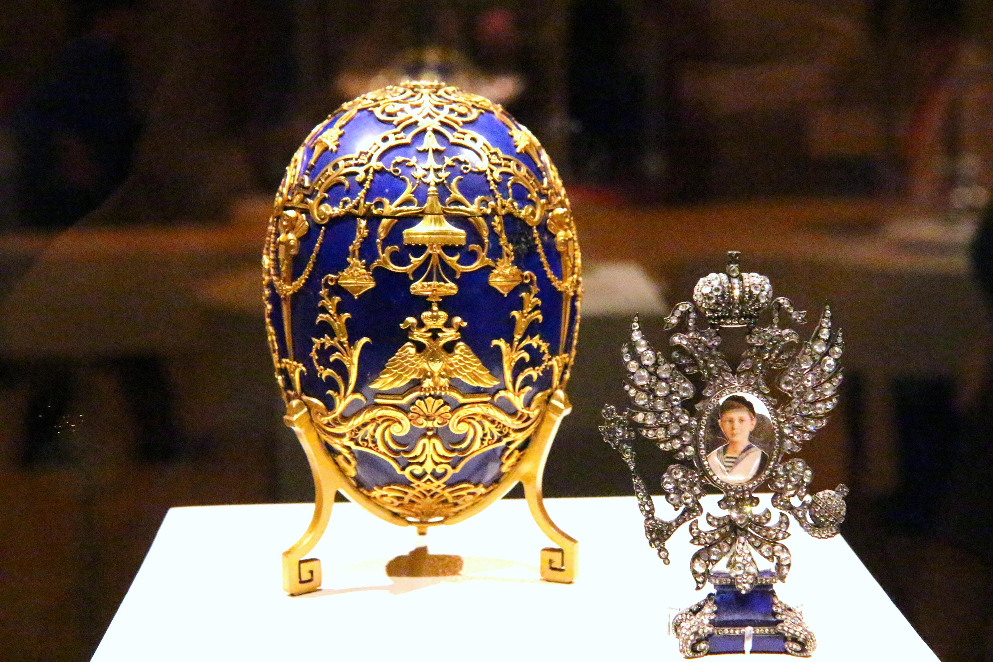 Dreamstime @ Saint-Pétersbourg - Musée Fabergé (2).jpg