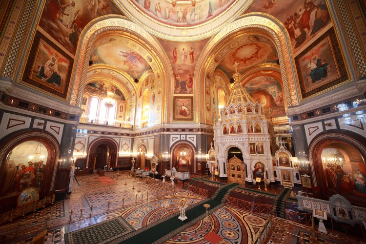 Picture: Inside the Cathedral of the Christ The Savior