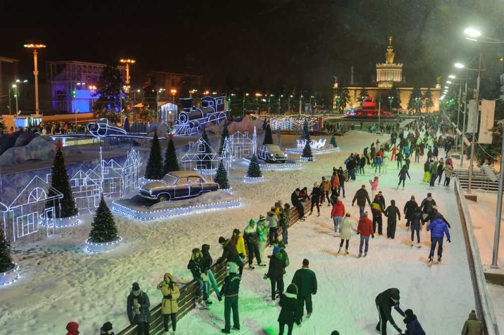 Picture: The VDNKh Ice-Rink in Moscow ‒ The Largest Ice-Rink in Europe