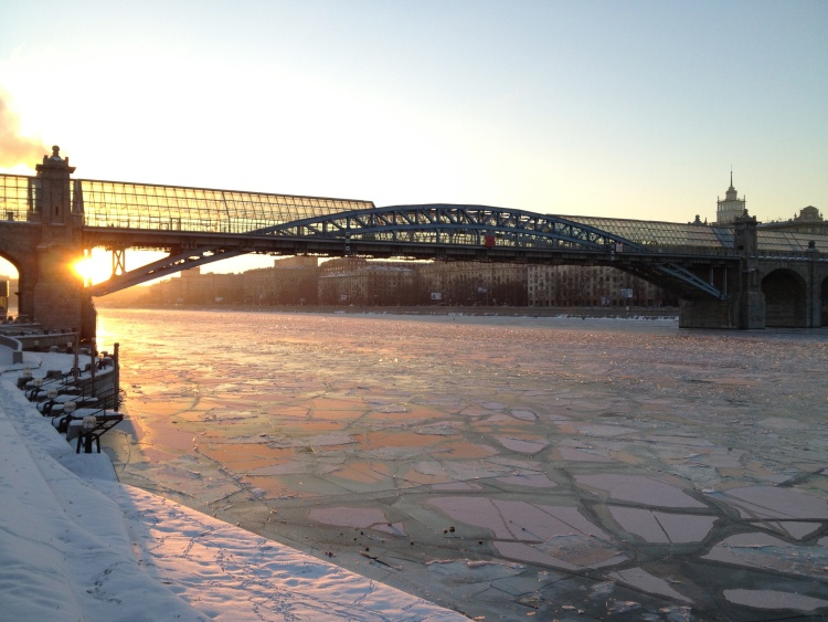 Picture: View on Andreyevsky Bridge in Moscow, relying Gorky Park to Luzhniki, across the frozen Moskva River